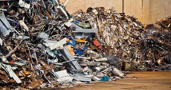 De hulpbronnen op aarde zijn niet onuitputtelijk, dus recycling wordt steeds belangrijker.